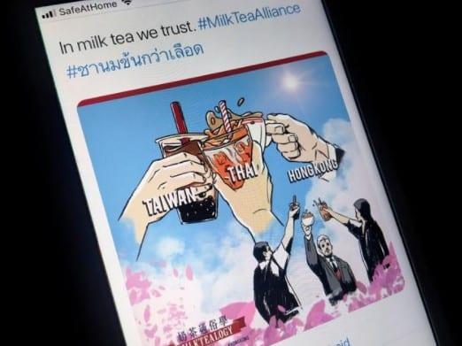 "Foto tangkapan layar cuitan di twitter yang berisi ""MilkTea Alliance"""